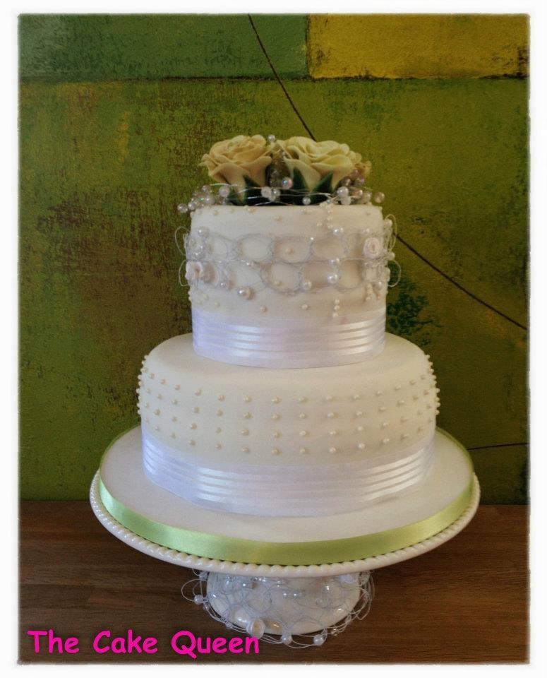 Decoraciones explosivas, tarta de boda