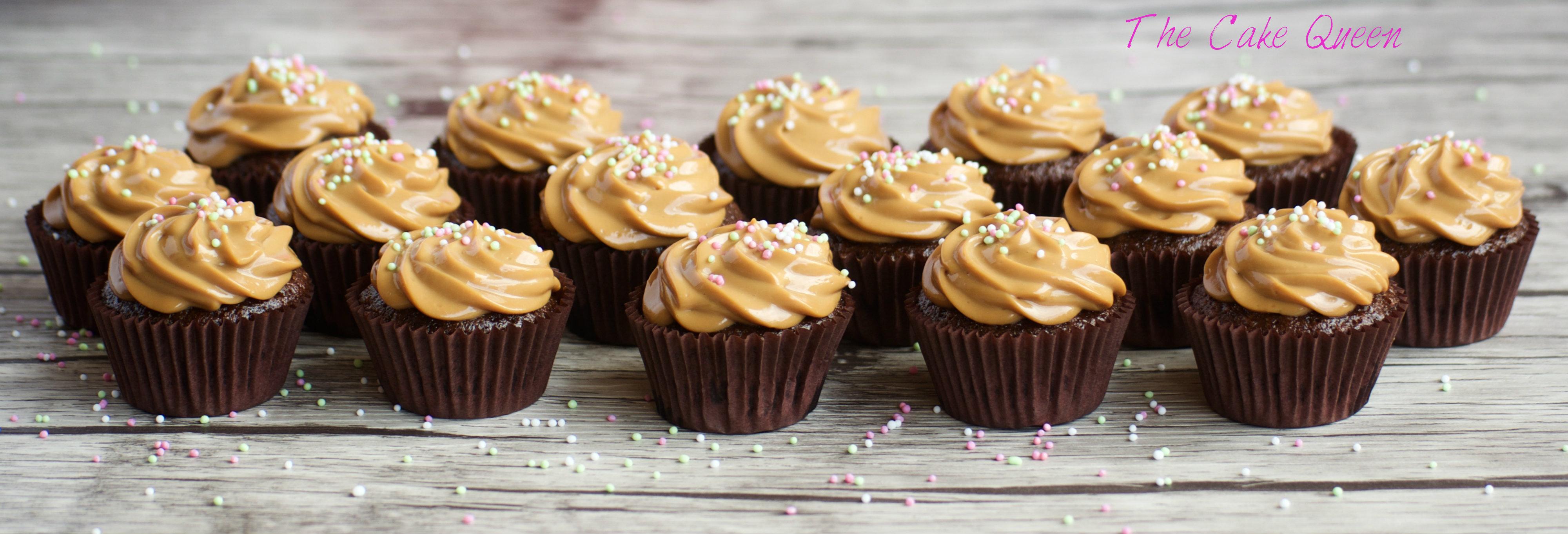 Mini Cupcakes de chocolate con crema de dulce de leche