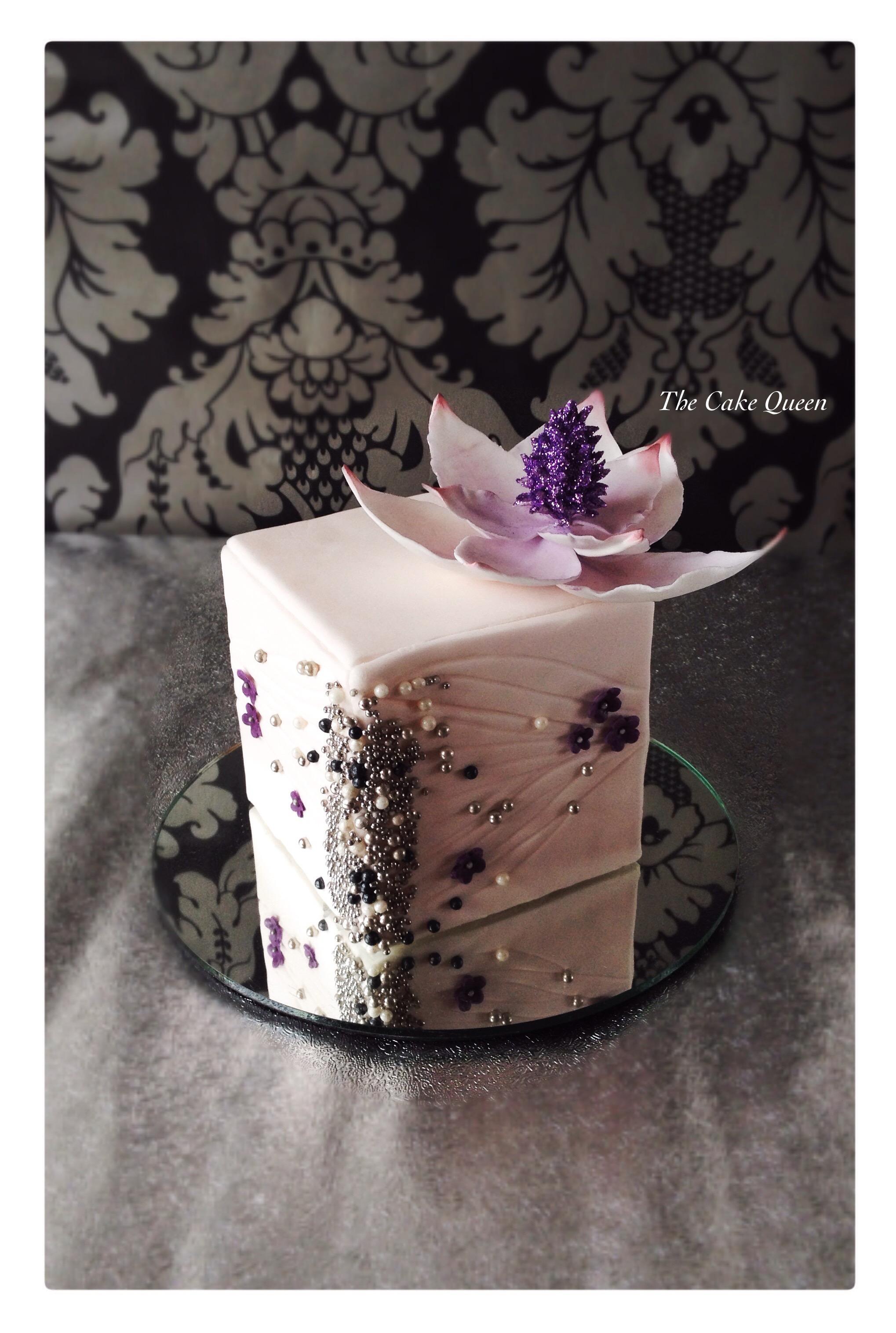 Mini tarta tipo joyero violeta