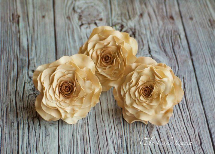 mini tartas de fondant, rosas color vintage