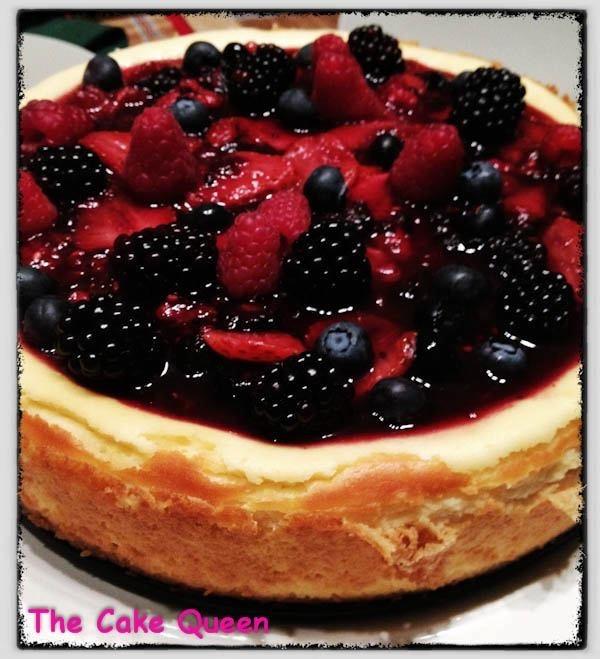 Cheesecake con mermelada y frutas del bosque