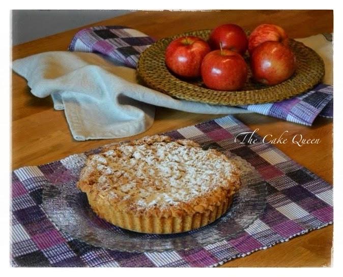 "Tarta de manzana polaca ""szarlotka"", la manzana le aporta un textura maravillosa a la tarta"