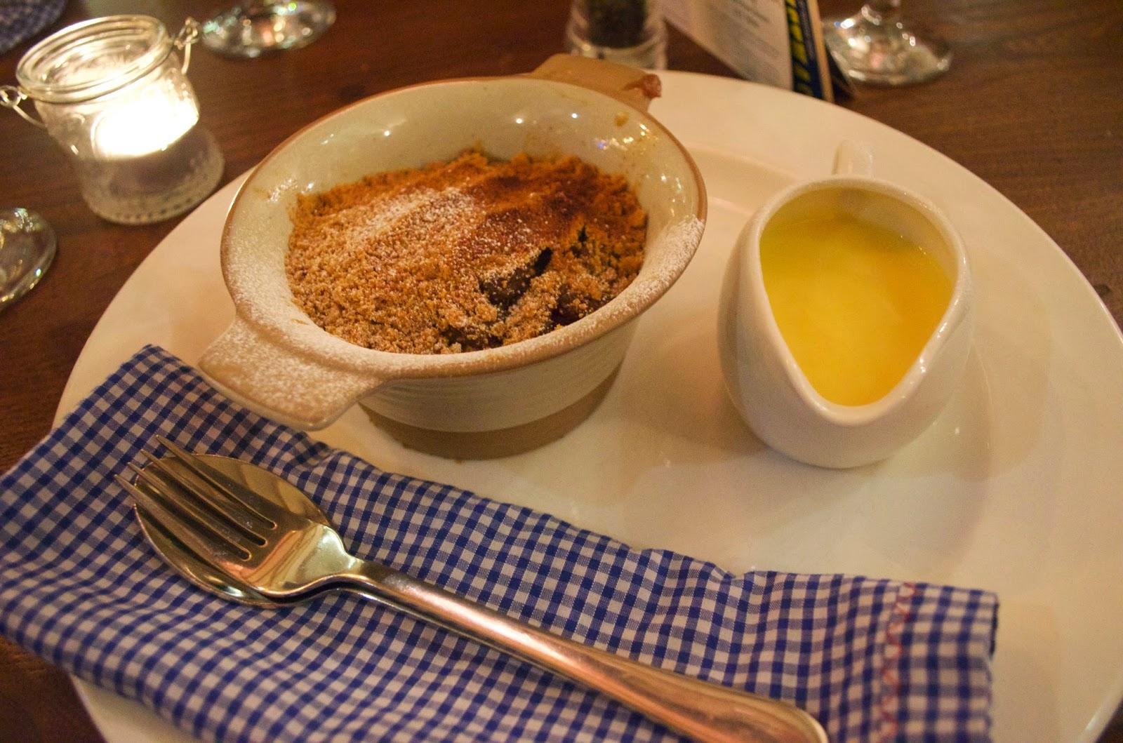 Cobbler que tomé en Inglaterra, estaba delicioso, yo lo pedí con natillas