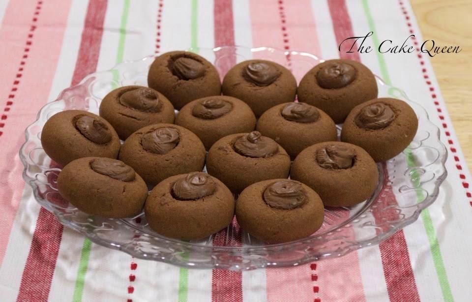 Galletas de Nutella o Nutelletas, unas galletas crujientes por fuera y con un centro delicioso de nutella.