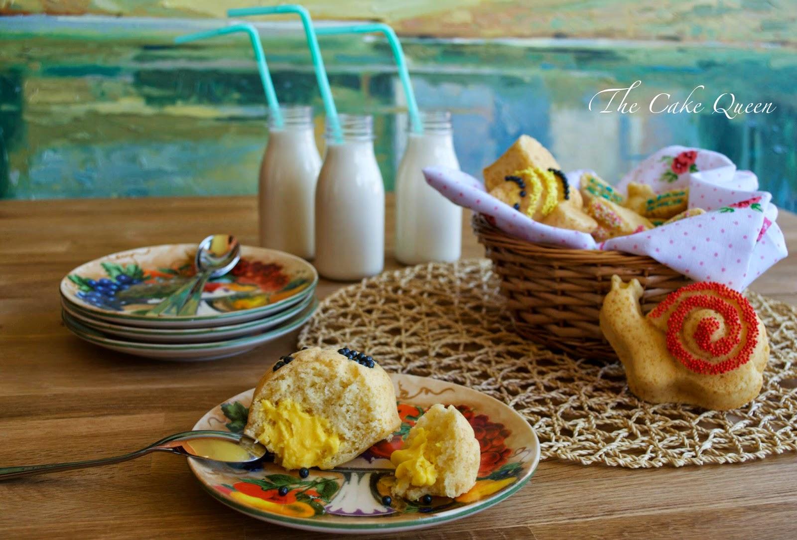 Mini garden cakes de limón y fruta de la pasión, muy esponjosos, la crema de maracujá en el centro le aporta un sabor exquisito a los mismos