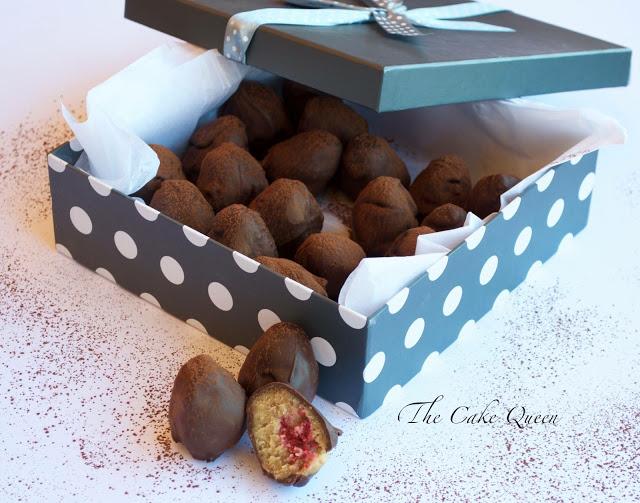 Cake balls a la cuberdon, en una cajita se ven muy monos