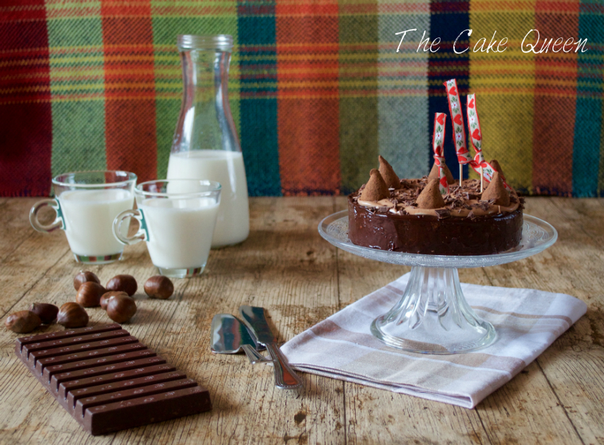 Tarta de chocolate con leche y castañas
