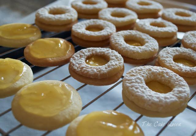 Galletas danesas de mantequilla con relleno de lemon curd