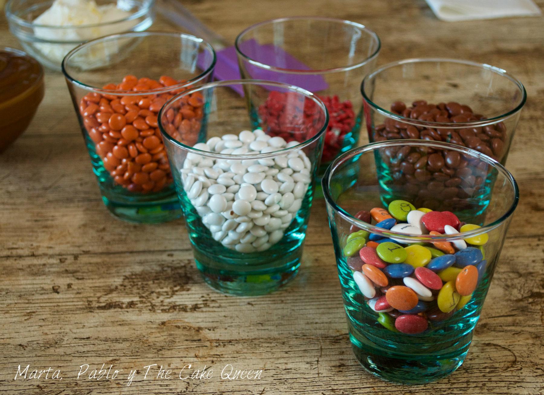 Lacasitos de diferentes colores