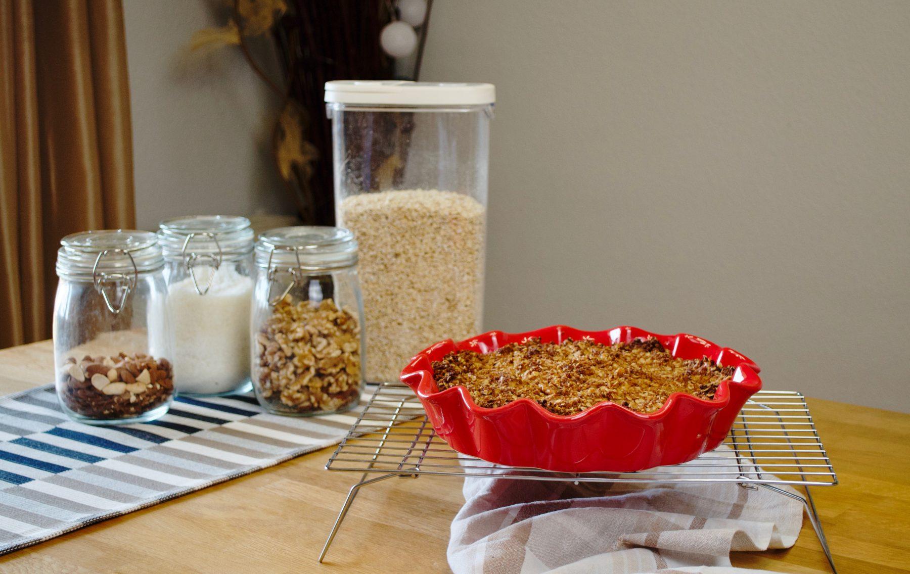 Crujiente de avena, coco y frutos rojos